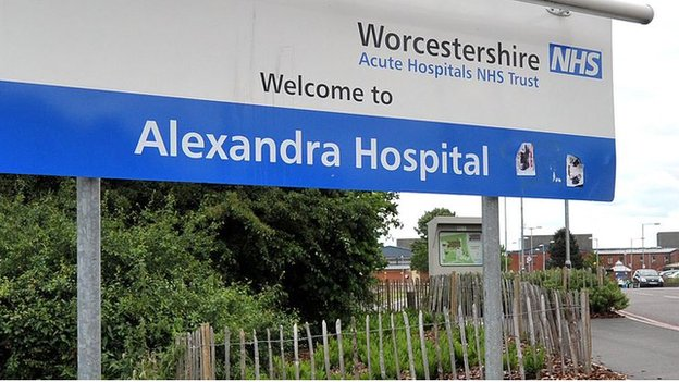Alexandra Hospital resignations: Calls for government intervention