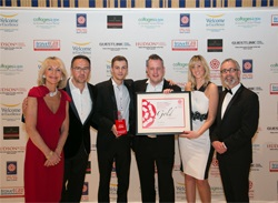 BROCKENCOTE HALL WINS GOLD AT VISIT ENGLAND AWARDS FOR EXCELLENCE 2015
