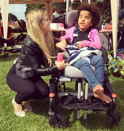 Thousands attend recruitment firm's fun day to help Mia
