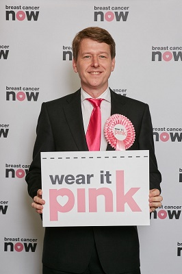 Robin wears it pink in Westminster in aid of Breast Cancer Now