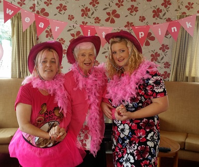 WORCESTER CARE HOME RESIDENTS PINK IT UP FOR CHARITY