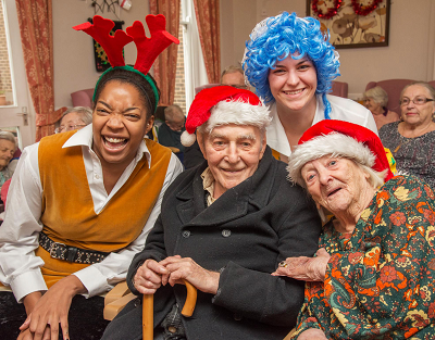 PANTO PERFORMANCE FOR MALVERN CARE CENTRE RESIDENTS
