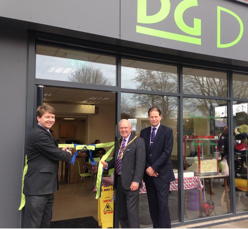 Walker hails regeneration of Dines Green estate