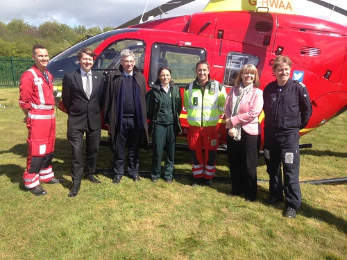 Walker pays a flying visit to Midlands Air Ambulance