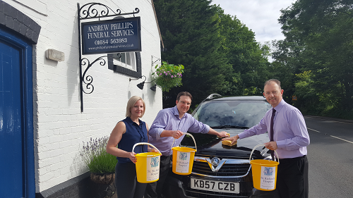 Car Wash in aid of hospice
