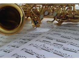 Mandy Harding Saxophone Tutor