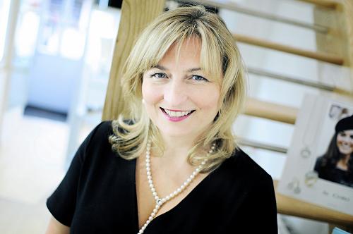 Jeweller Anja Potze celebrates 21 year milestone in Worcester