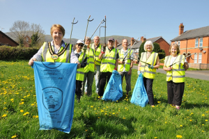 Litter Heroes Clean Up