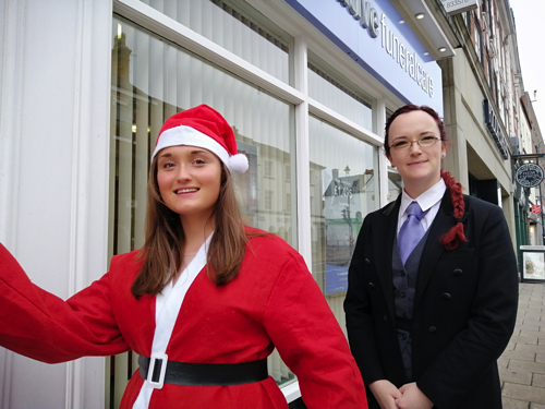 Co-operative Funeralcare Provide Early Christmas Present for Santa Fun Run