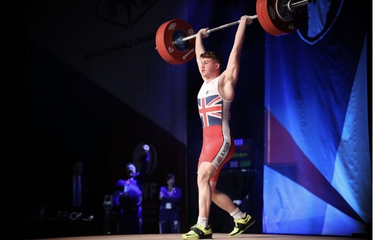 Worcester Record-Breaking Weightlifter to Represent GB in December