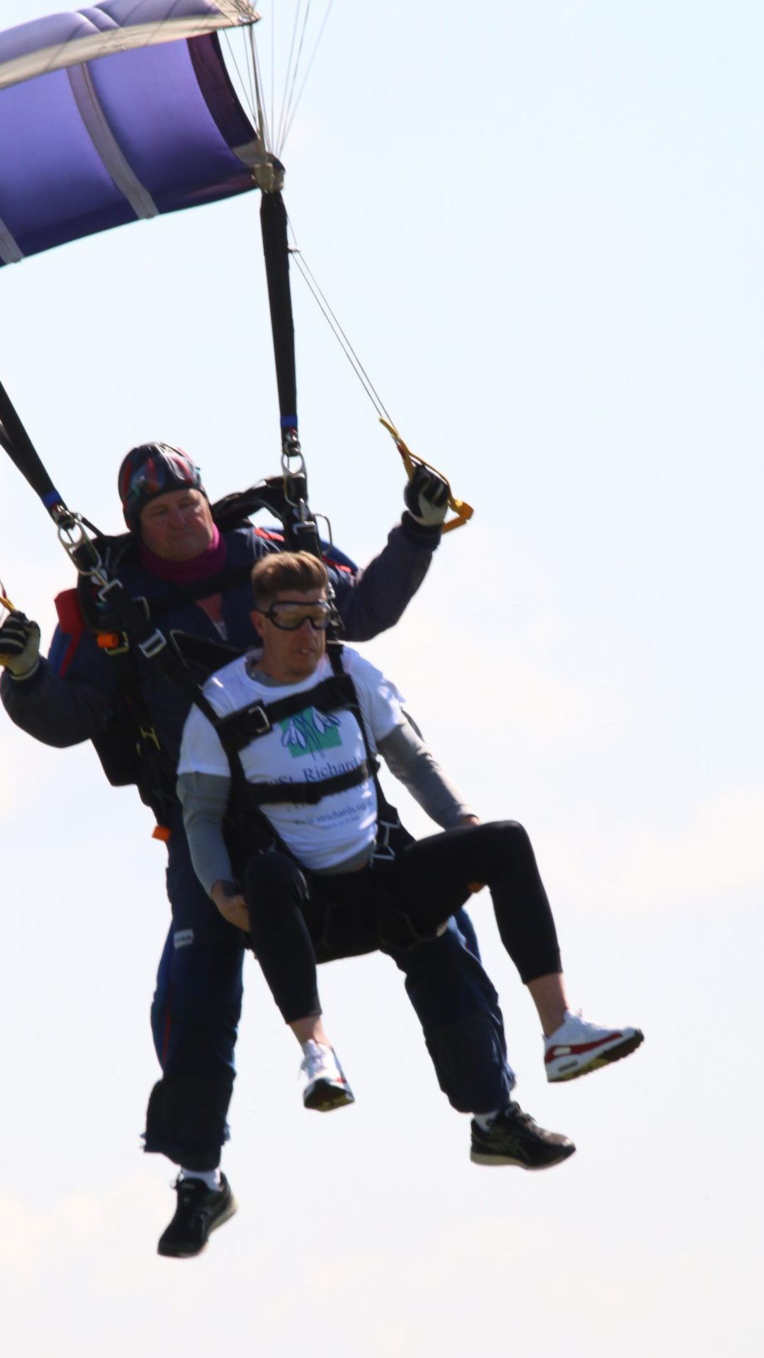 Skydiver Overcomes Fear of Flying to Raise Hospice Funds